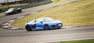 晋级热血超跑 试驾新一代奥迪R8 V10