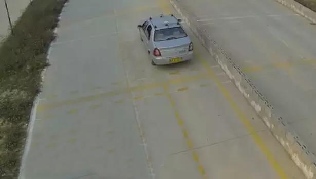 2016年科目二考试坡道停车起步技巧