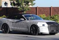 配备10AT    福特新款Mustang敞篷版谍照