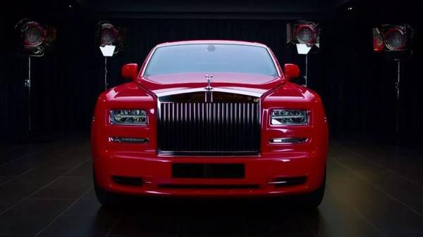 中东土豪喜欢给车贴金子?香港老板笑了