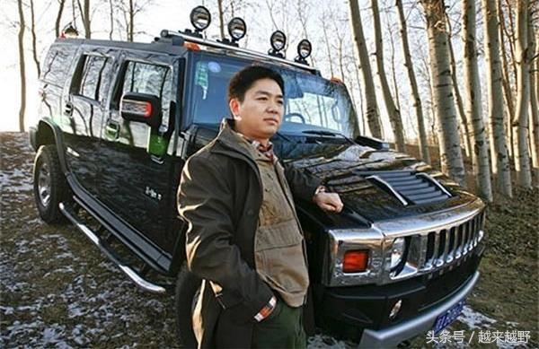 刘强东只开悍马,这几款总价超千万的座驾由奶茶妹妹换着开!