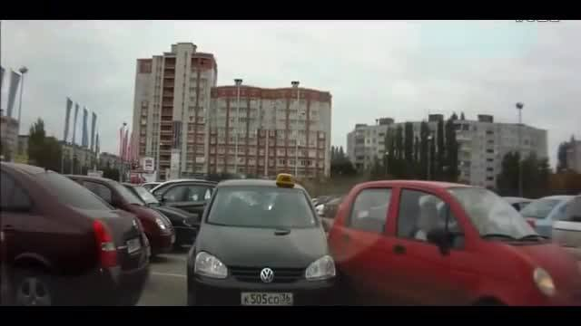 学驾心得:奇葩女司机倒车,真厉害