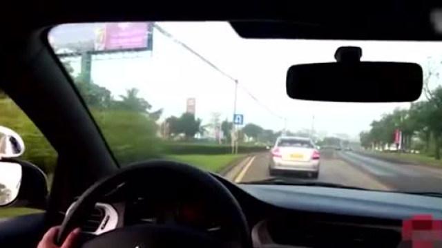 考试车实地模拟灯光考试视频