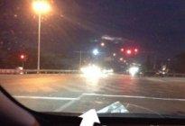 夜间开车灯光如何使用