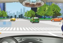 学驾心得:科目四模拟考试难点解析
