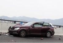 茂名驾校百科:驾驶车辆遭遇紧急情况处理技巧