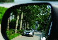 安通驾校:汽车后视镜盲区的解决方法