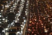 安达驾校百科:路遇堵车如何防追尾