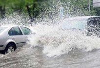 学驾心得:下雨天行车有哪些技巧