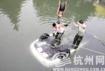 广兴驾校百科:落水五大逃生步骤供你参考
