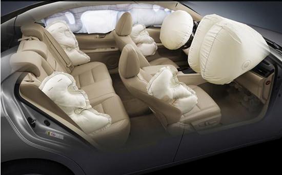 汽车安全气囊该如何使用 儿童应远离前排座椅
