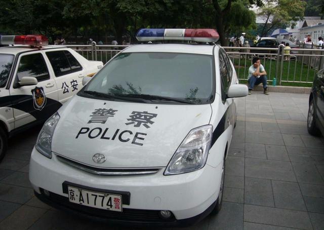 解放军军车专用车牌,分类比其他颜色车牌复杂得多,比较常见的是警车.