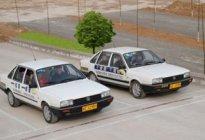 长安驾校:科目二定点停车技巧 科目二如何准确的定点停车