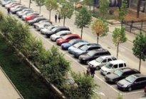 创美驾校:路边停车注意事项有哪些