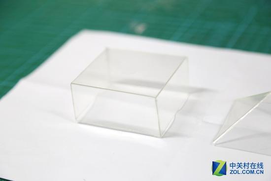 成品效果 手机支架的长方体制作过程和三角锥完全一样,同样是将透明