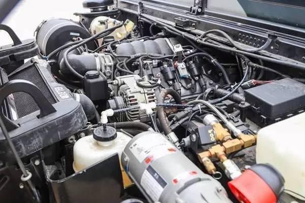 悍马发动机气泵分解图