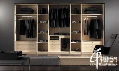 订制衣柜怎么算比较划算,怎么计算不吃亏