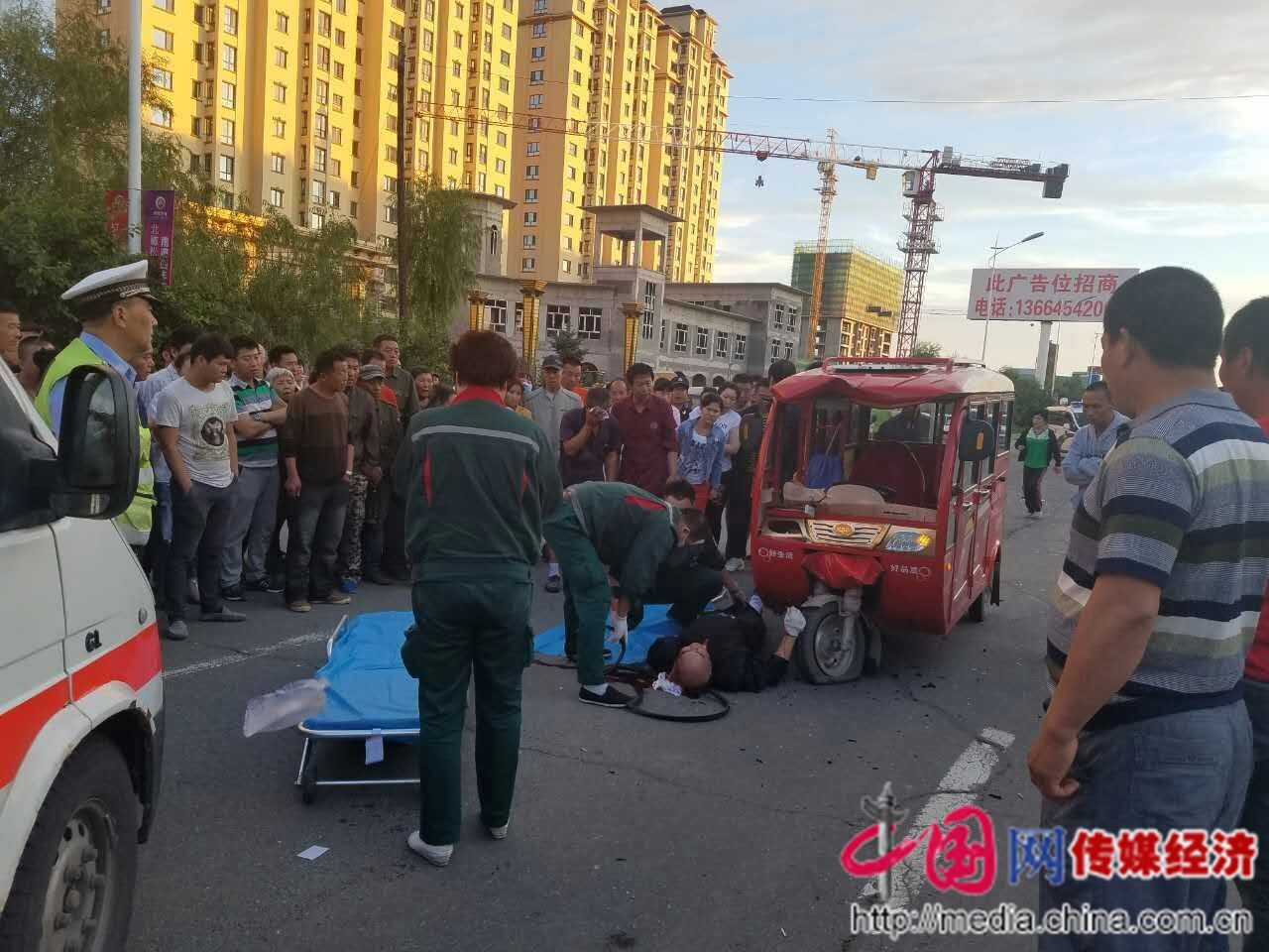 首页 驾校资讯 黑龙江佳木斯发生一起车祸两人受伤一人伤情严重