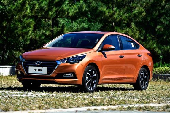 小型车销售排行榜_同比下降12%,环比下降28%,位列小型车销量排行榜第四名,相比1月份上升