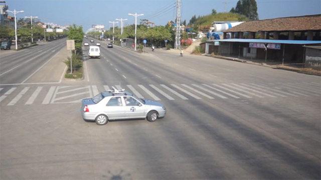 通驾校 科目三路口左转弯考试技巧攻略,做好这些细节,过关没问题
