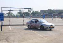 科目二:侧方停车,一定要掌握这两个点位,肯定不挂科!