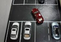 安通驾校百科:倒车入库解析:倒库中如何修正汽车与库角的距离?