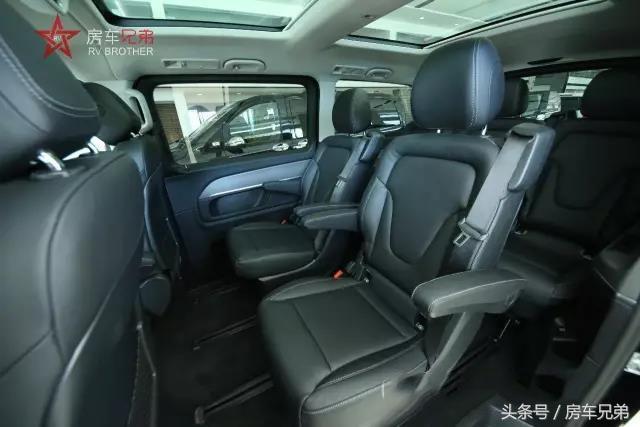 奔驰商务车级终极版商务舱-奔驰V250豪华七座车_时时彩网关闭