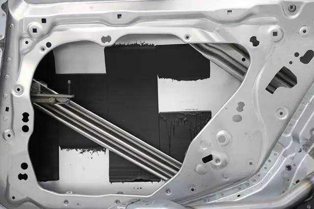 铝合金车身结构 全新宝马5系白车身曝光