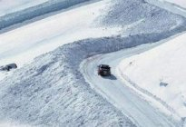安达驾校百科:冬季行车冰面有哪些需要注意