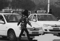 华侨驾校:科目三考试驾驶技巧
