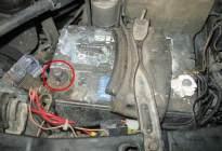 为什么蓄电池老是亏电?熄火后这4种行为最伤电瓶!
