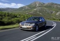 汽车油耗怎么降低?这些开车好习惯可以帮你省油哦!