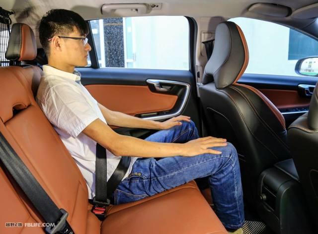 轴距相同的汽车为什么有的空间大,有的空间小?关键在于这个设计
