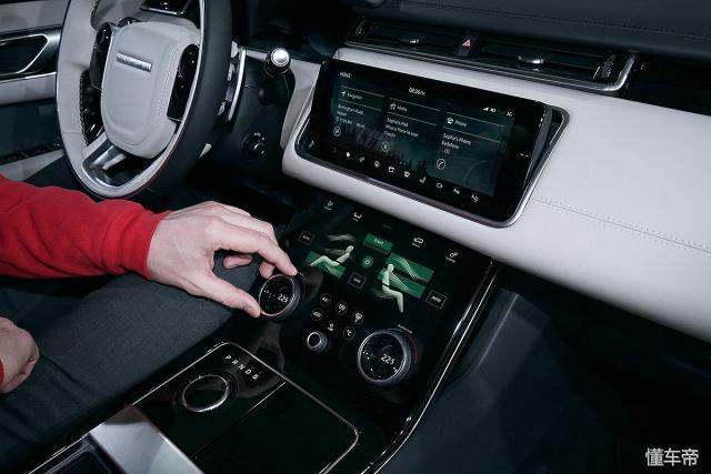 介于极光与运动,价格从68.8万-104.8万,路虎的这款车很带劲