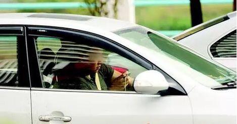 查驾驶证违章编号查询,开车打电话,打电话违章,驾驶证违章查询,驾驶证扣分查询