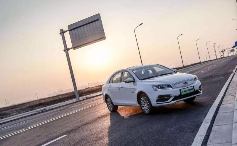 新能源车那么火,还有必要买传统汽车吗?
