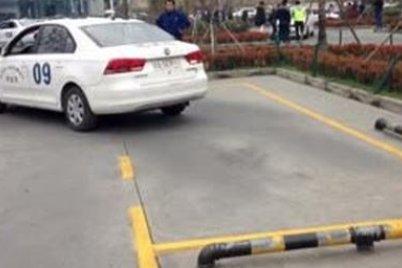 学车科目二侧方停车有哪些扣分区