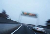 交警告诉你:高速路上这几种驾驶行为直接扣12分,一定要牢记