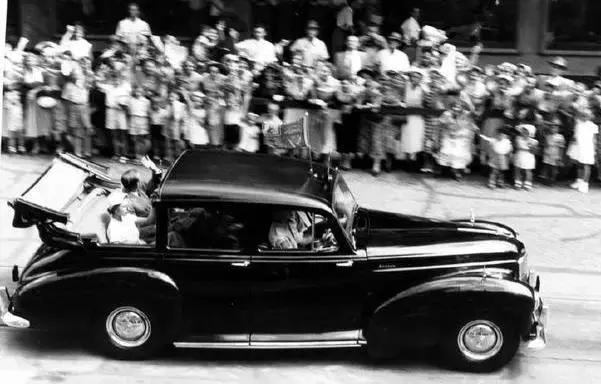 当各国元首座驾比拼奢华时,这个总统依然在使用1987款甲壳虫
