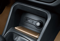 新五菱宏光S上市 售5.28万-5.58万元