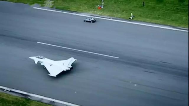 汽车与飞机的终极对决!这5款车有胆叫板飞机?