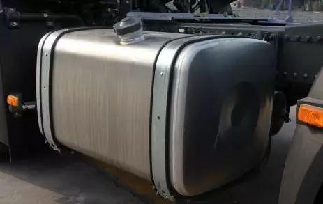 汽车的前半箱油为什么比后半箱油耐用?一分钟了解真相