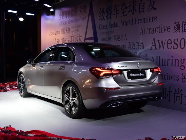 北京奔驰 奔驰A级 2018款 A 200 L