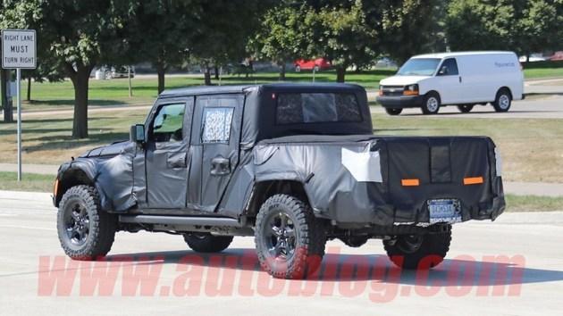 Jeep牧马人皮卡版洛杉矶车展亮相 继续搭载20T36L发动机