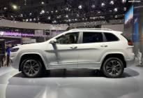 颜值爆表/换装2.0T 全新Jeep自由光正式亮相广州车展