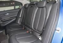 探店亲测!奔驰A级宝马1系和奥迪A3空间座椅舒适度大横评!