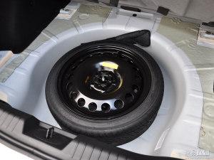 备胎放在车里6年几乎没用过,换轮胎的时候需要一同更换吗?