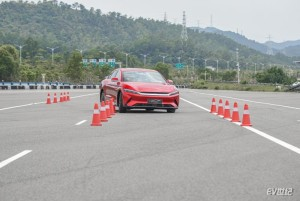 中国中大型轿车麋鹿测试最佳成绩出炉