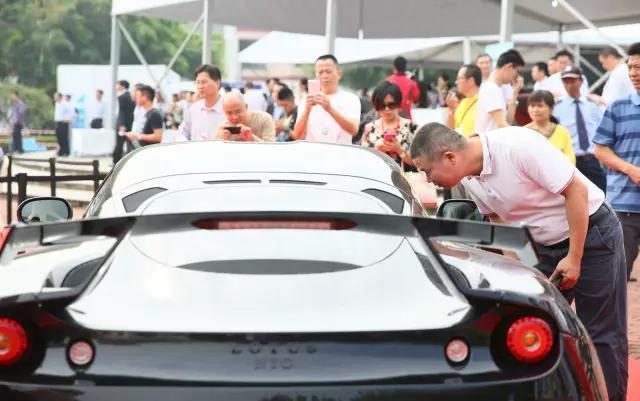 广州汽车平行进口南沙试点,近百辆进口豪车出笼!
