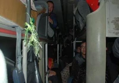 看了这些事故案例 你还敢说客车超员没事儿吗?!